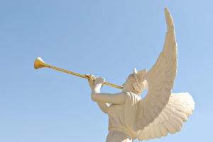 angel-with-trumpet